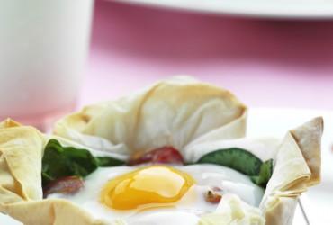 Easy Egg & Tomato Tarts